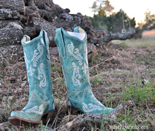 df514750657 Turquoise Fleur de Lis Cowboy boots