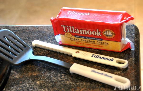 TILLAMOOK GIVES BACK TO MOMS Loaf Love Tour san antonio zoo