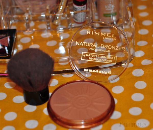 Fresh Faced Nude Summer Makeup Trend using rimmel natural bronzer #RimmelRealBeauty #shop #cbias