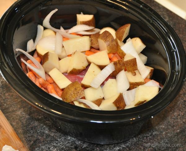 New England Pot Roast Meal Recipe Slow Cooker #kraftrecipemakers vegetables