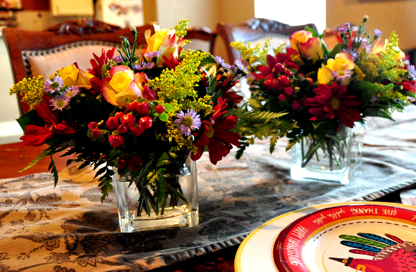 Bring Back The Centerpiece this Thanksgiving with 1-800-flowers.com