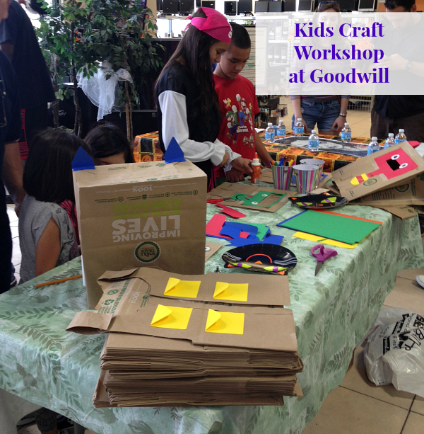 Opening the Door to My Passion #PassionGenome #2014VersaNote kids craft workshop at goodwill