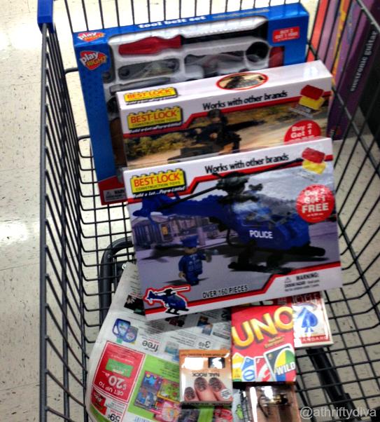 Last Minute Holiday Gifts Walgreens  ($25 Giveaway) #WalgreensLatino