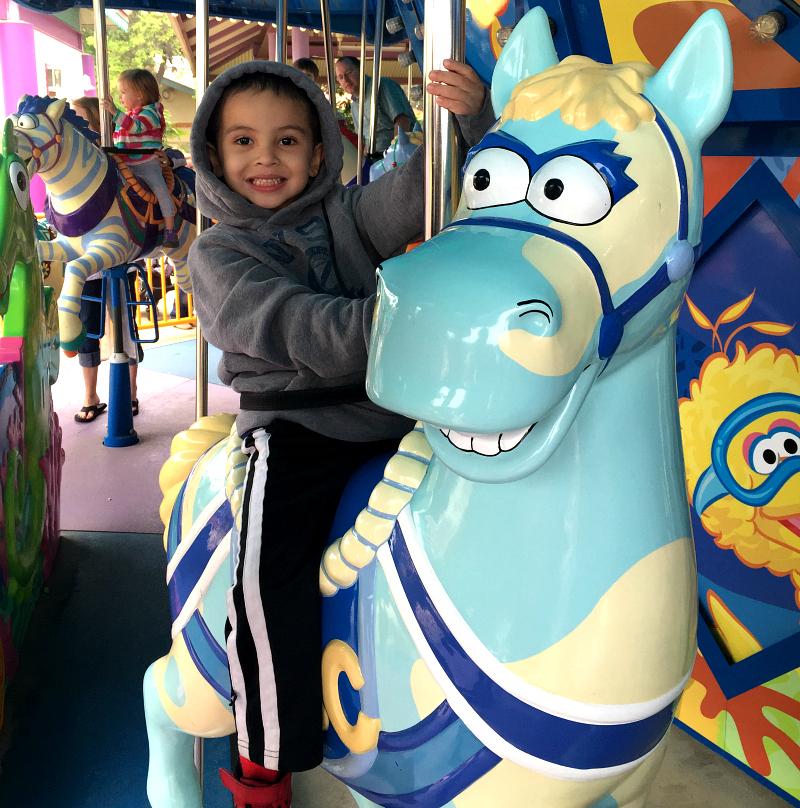 carousel sesame street sea world san antonio just for kids April #Wildside15