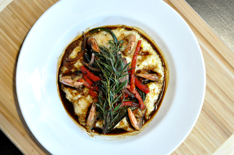 creole shrimp & grits at 3009 restaurant