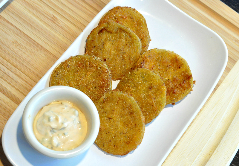 fried green tomatoes at 3009 restaurant