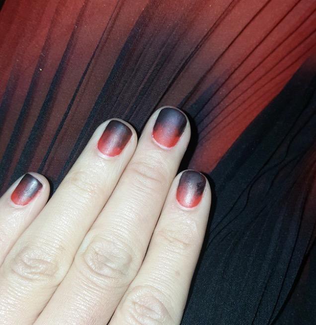 Olivia Munn nails at Met ball