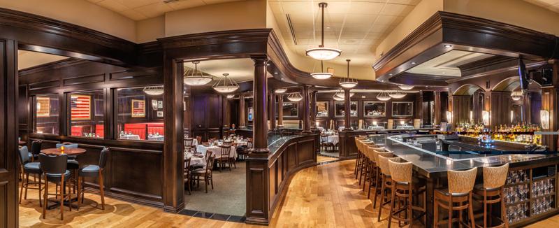 Bob's Steak & Chop House Celebrates Best of Award of Excellence