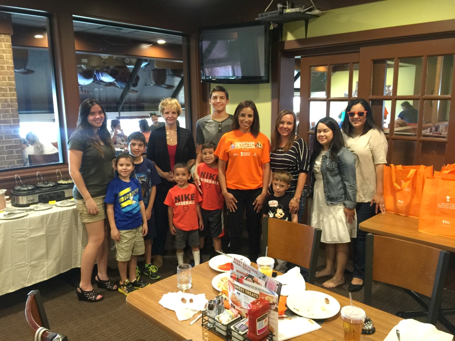 dennys diners no kid hungry