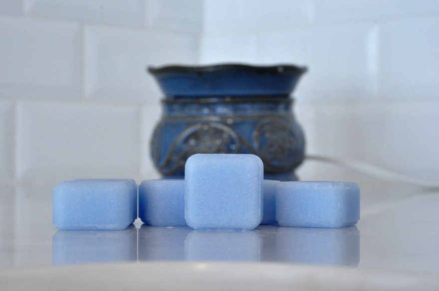 Glade® Clean Linen® Wax Melts