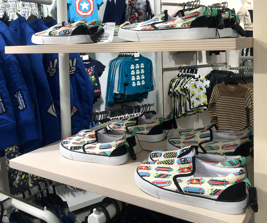 H&M Boys shoes San Antonio Rivercenter Mall Media Preview