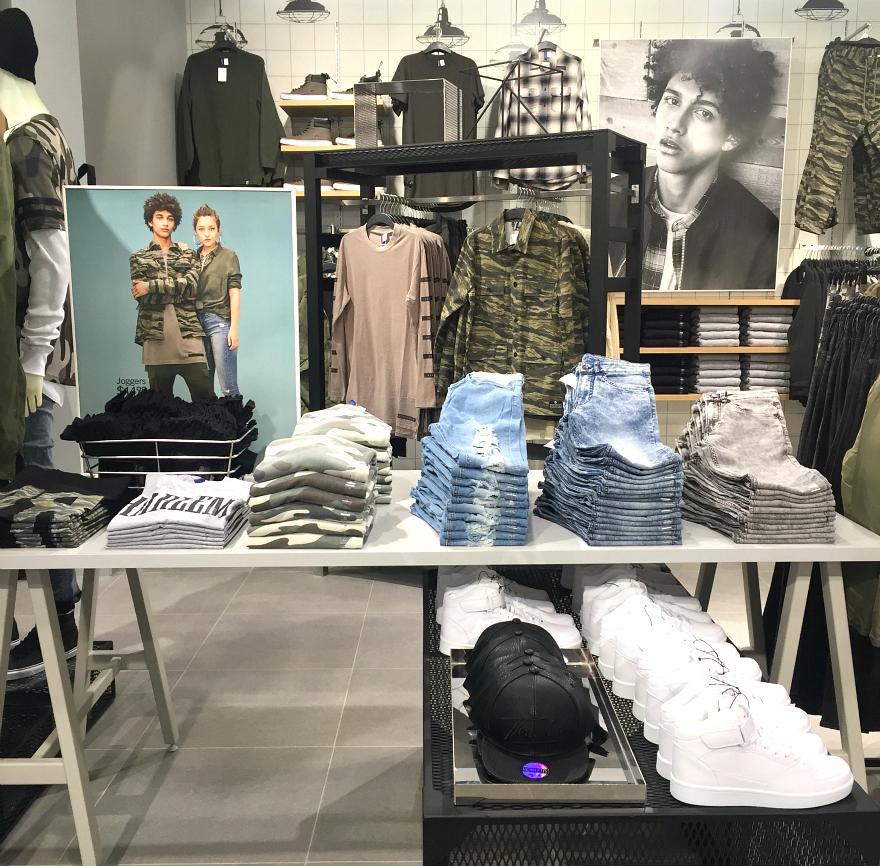 H&M boys clothes San Antonio Rivercenter Mall Media Preview