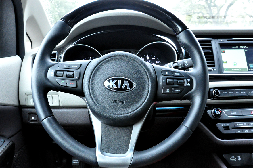 Kia Sedona Steering wheel options