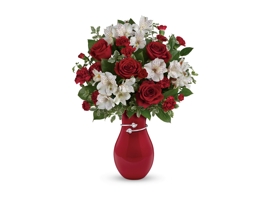 teleflora pair of hearts bouquet Valentine's Day with Teleflora & Love Notes Concierge