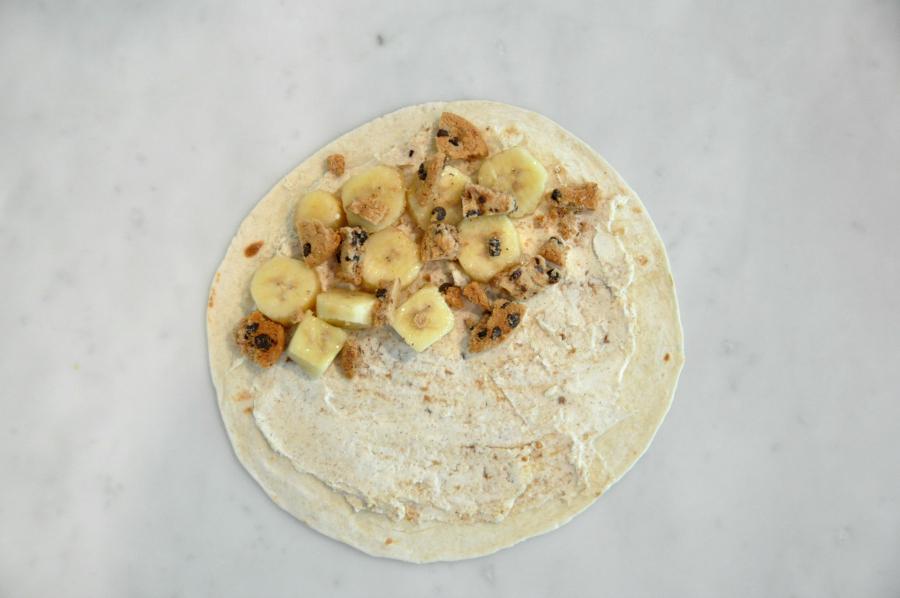 Dia del niño! Sweet Plantain Quesadilla Recipe #ConMasSabor add chopped  chips ahoy