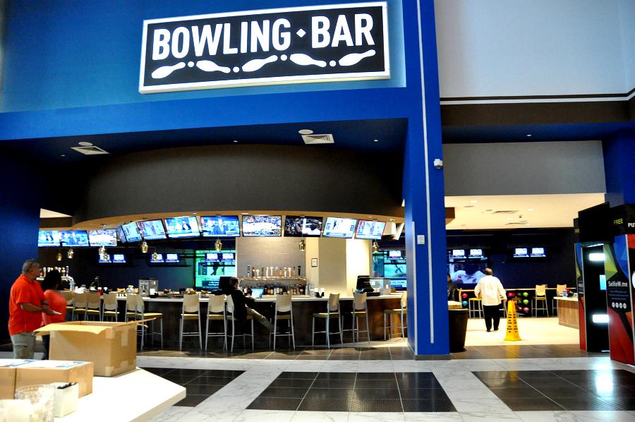 full service sports bar bowling Santikos Casa Blanca