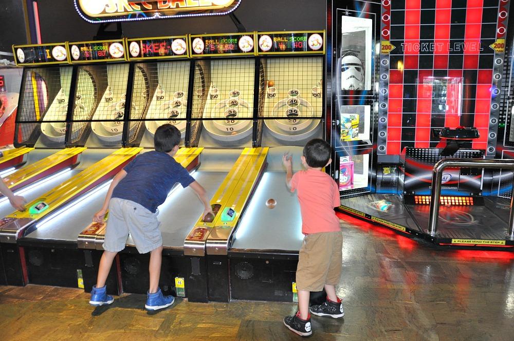 Main Event Party Fun. Fun Places For Kids in San Antonio | Main Event Parties