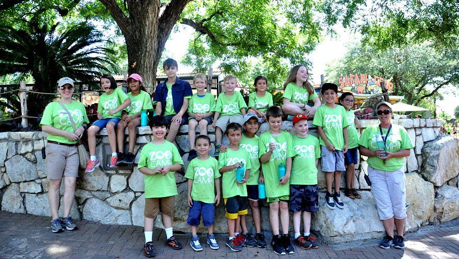 San Antonio Zoo camp with Satxbloggers