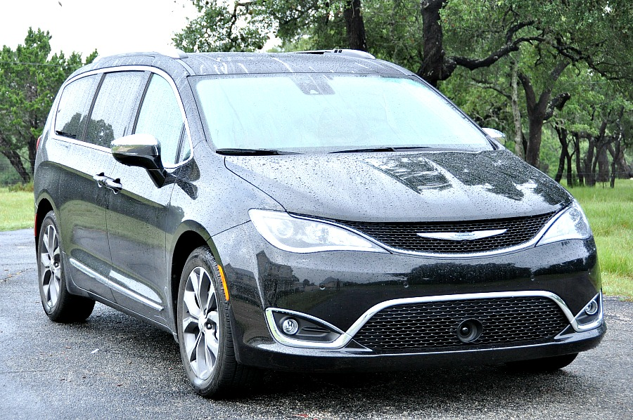 All New Chrysler Pacifica 2017 Review #Pacifica #DriveShop #ad