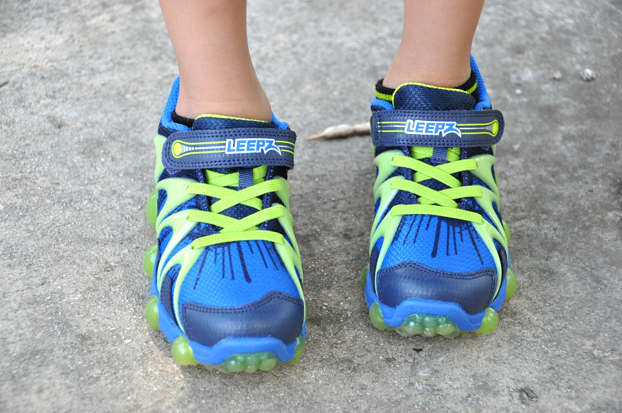 The perfect back to school shoe stride rite leepz