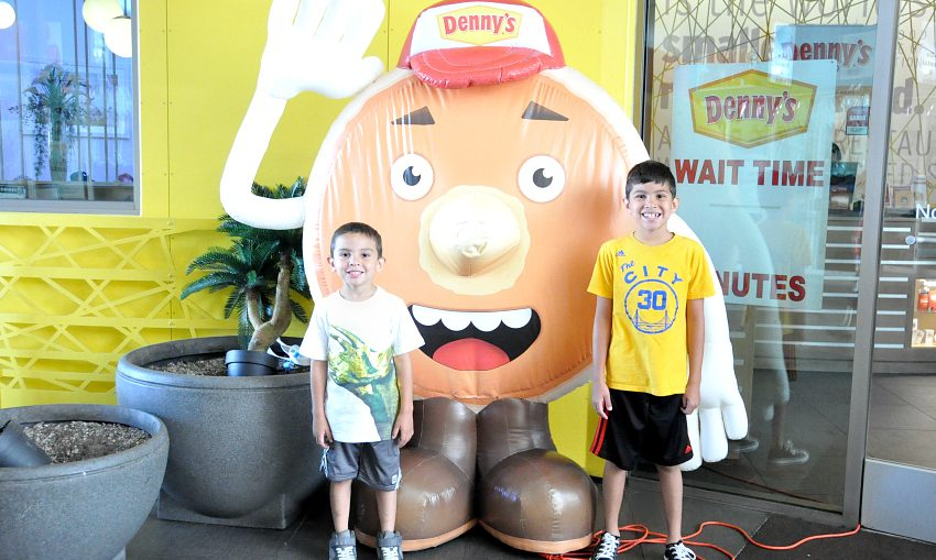 kids eat free at Denny's all summer long