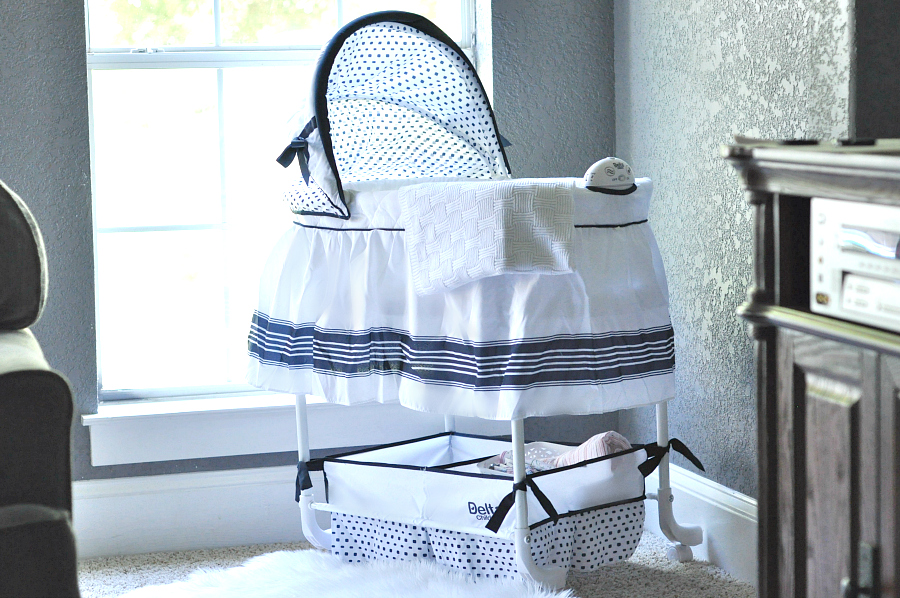 Delta Gliding Bassinet Do you really need a Bassinet? Delta Children Gliding Bassinet
