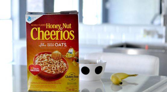 Cereal con Cariño with honey nut cheerios