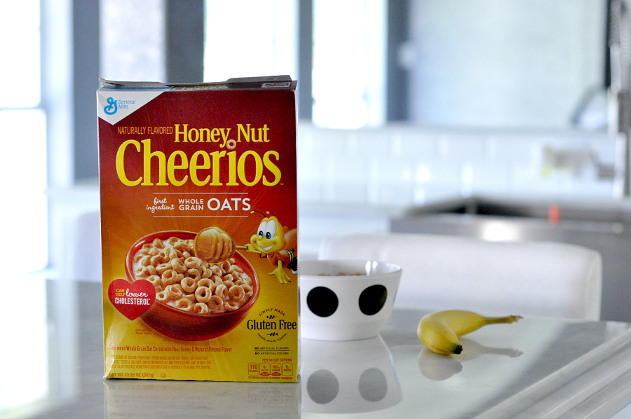 Cereal con Cariño with honey nut cheerios