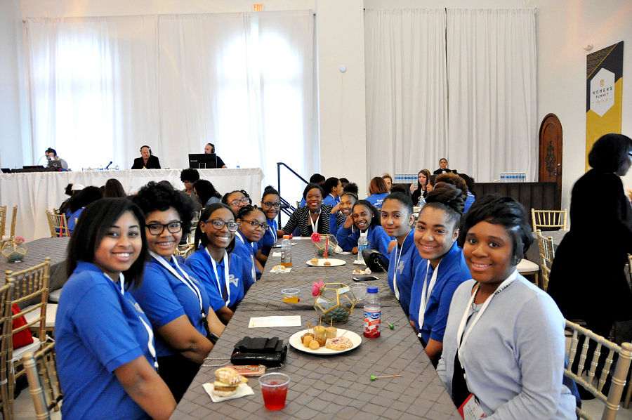young women from the Provision Academy of Houston are ready to be empowered. #NFLWomensSummit #NosUne @NFL @SuperBowl #ad