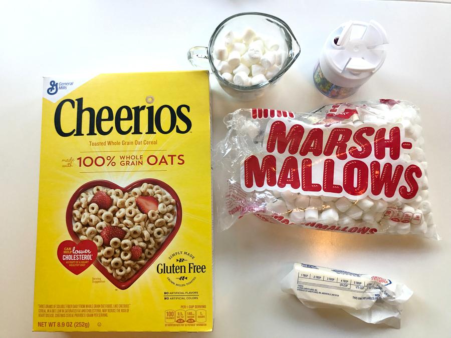 ingredients for Unicorn Snacks Día del Niño Cereal con Cariño Cheerios Treats