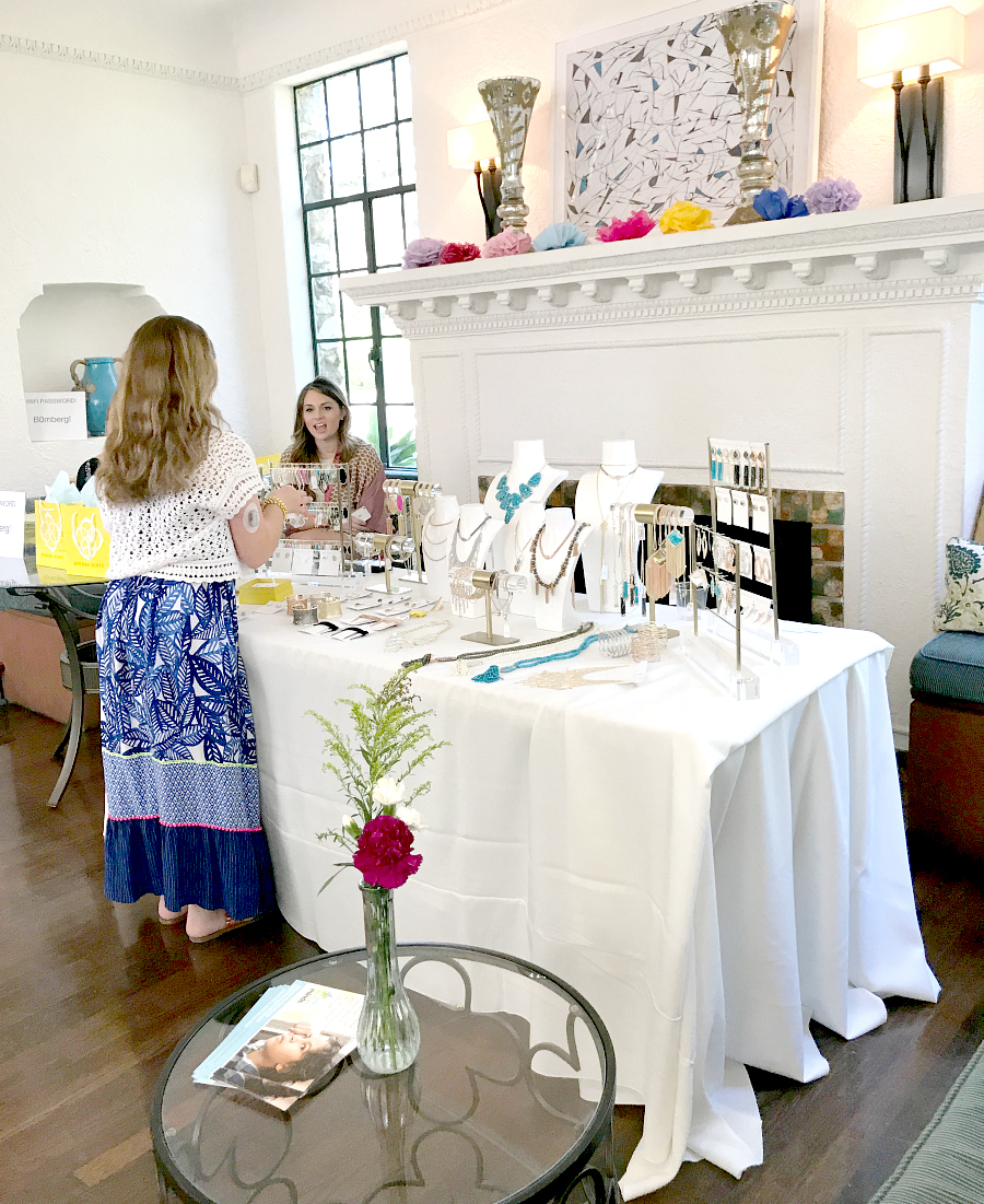 Kendra Scott pop up at #Maynicures