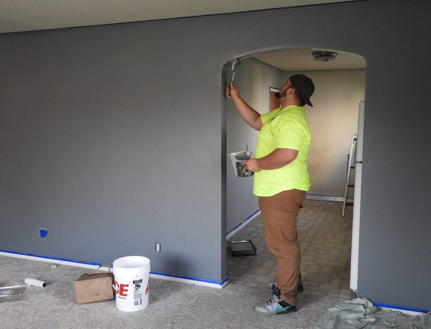 Saving Money While Renovating Your Home painting