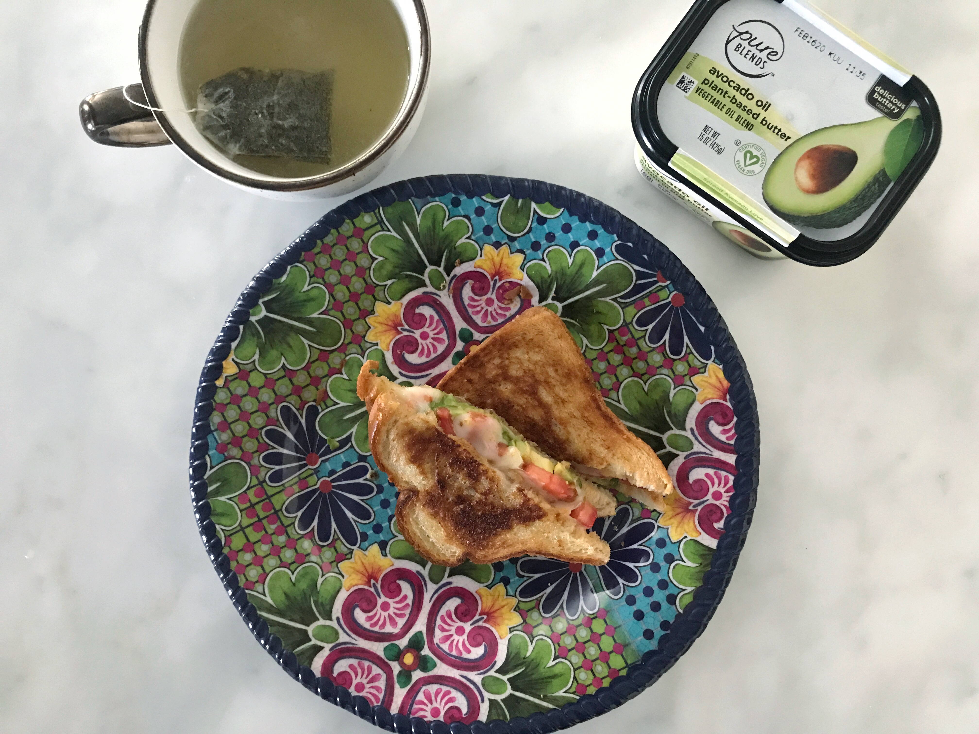 tomato and avocado grilled cheese sandwich pure blends avocado oil plant based butter